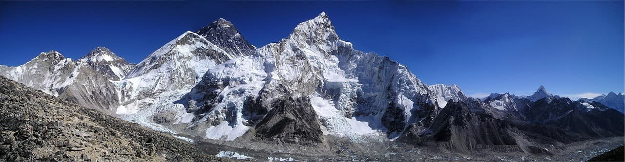 Mount Everest: Facts about Nepal