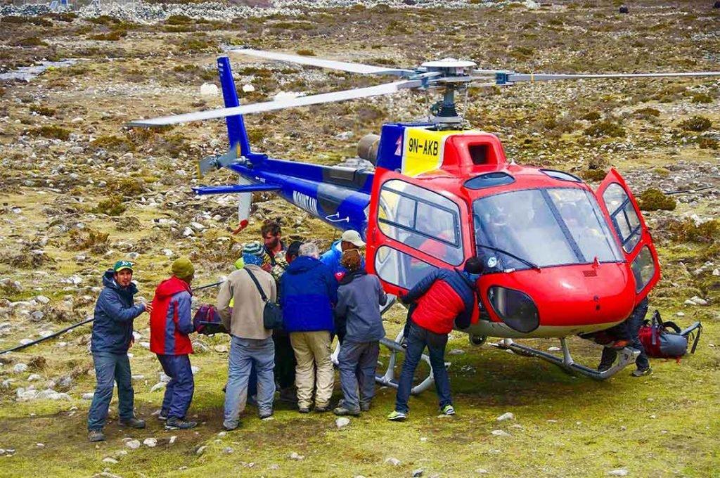 Be Aware of AMS Symptoms Everest Base Camp Trek Tips